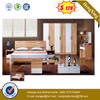 Latest Design Big Room Furniture Leather Bed with Cushion